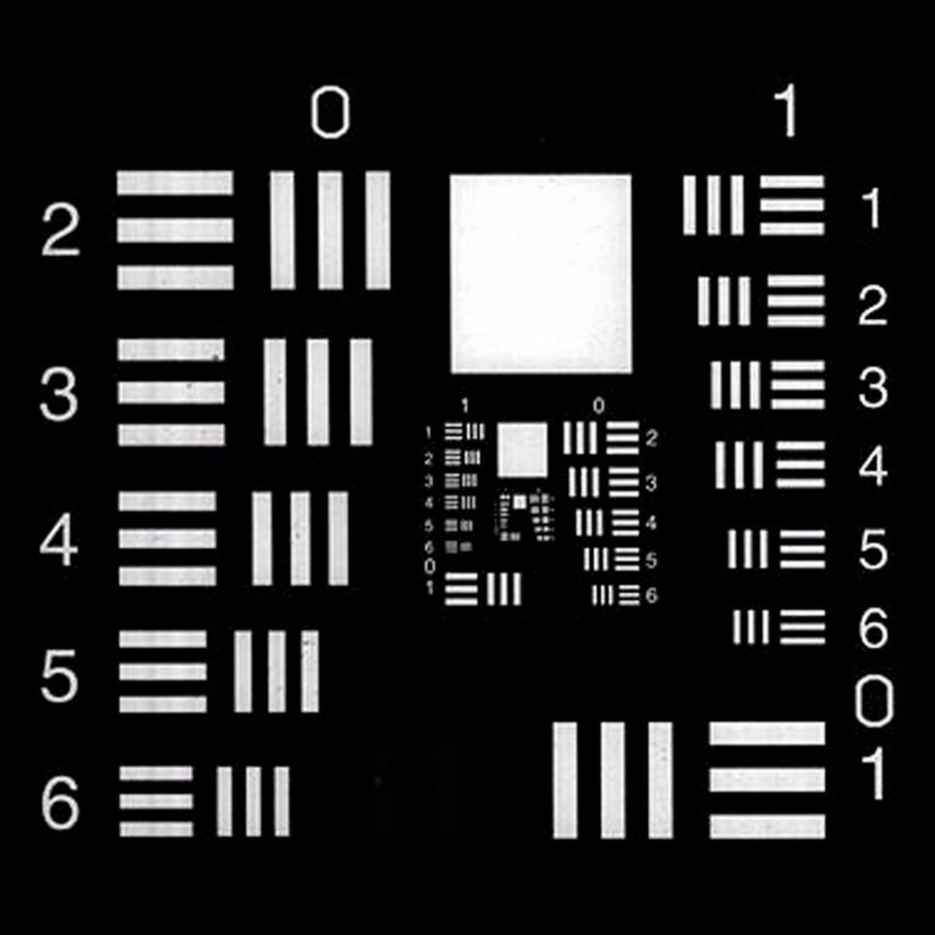 R75N USAF Negative Test Chart Group 0/9 Element 1/3